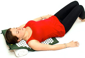 How to use an acupressure mat for neck pain