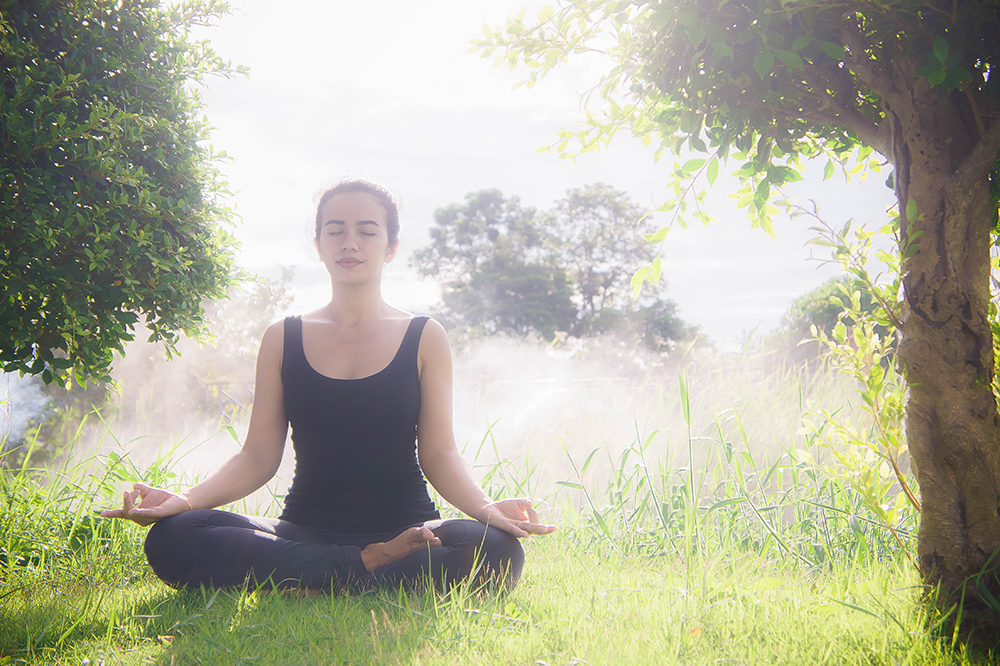 How to Meditate in the Morning - Awake & Mindful