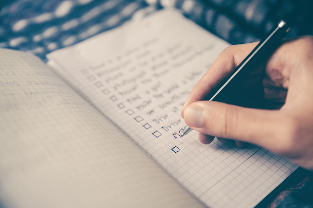 How to Set Goals You Can Actually Achieve - Write Them Down