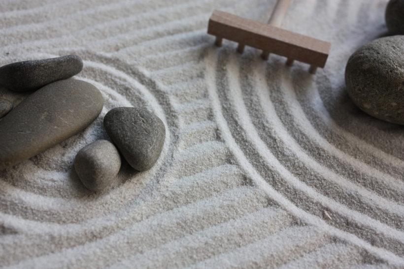 Desktop Zen Gardens for Relaxation